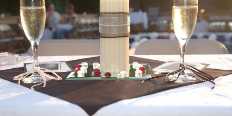 5 Best Wedding Anniversary Celebration Ideas