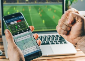Top 4 Step to Make Accurate Football Predictions for Improve Winning Chances